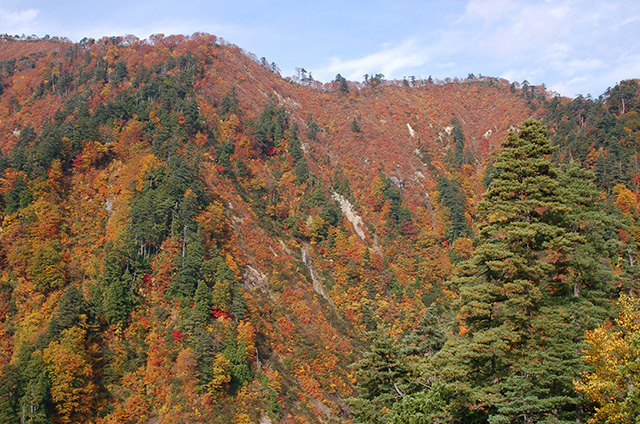 Tsurubeotoshi Mountain Pass